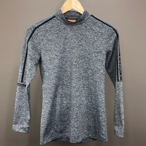 4/$30 MERREL Long Sleeve Top Size Small